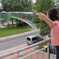 Riesenseifenblasen machen